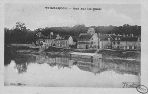 "Carte postale intitulée ""Trilbardou - Vue sur les quais""."