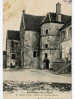 Vestiges de l'ancien château bâti au XIe siècle. Carte postale de Montereau-Fault-Yonne, 1910.