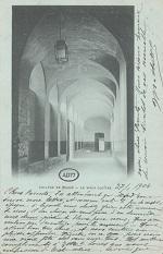 Le vieux cloître du Collège de Meaux.