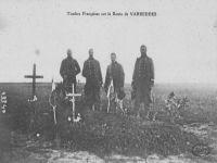 carte postale representant des soldats