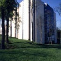 La tour d'archives à Dammarie.
