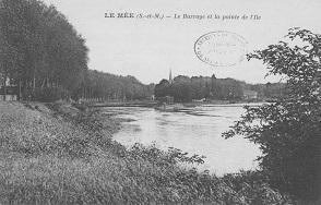 Vue du barrage et de la pointe de l'Île du Mée-sur-Seine.