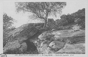 """La """"Grotte de Kosciusko"""", le long rocher, à Montigny-les-Marlotte."""