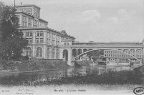 Carte postale de l'usine Menier à Noisiel.