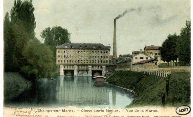 Chocolaterie Menier à Noisiel vue de la Marne