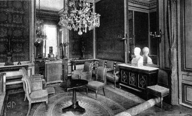 """Vue du salon dit """"de l'abdication"""" du château de Fontainebleau"""