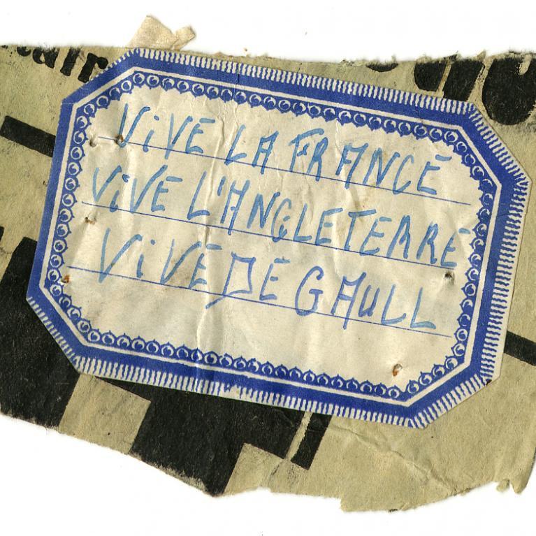 """Papillon de résistance """"Vive la France, Vive l'Angleterre, Vive de Gaulle"""""""