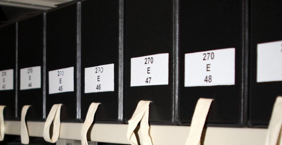 boîtes contenant des archives notariales